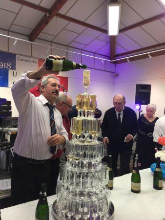 JLM Events traiteur cascade de champagne (3)